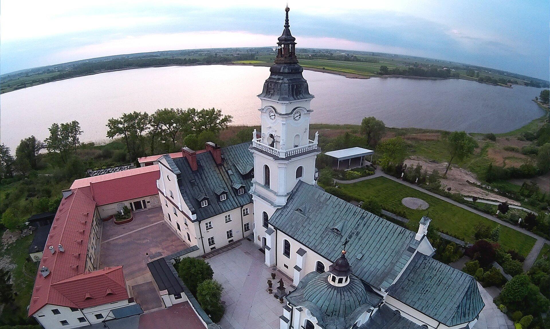 church-1799674_1920